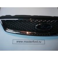 Передняя решетка радиатора ( Форд Фокус 2 ) 1508157