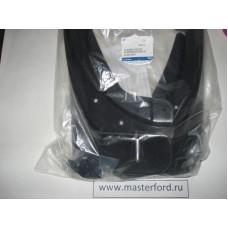 Комплект передних брызговиков (Ф/Куга) 1542519